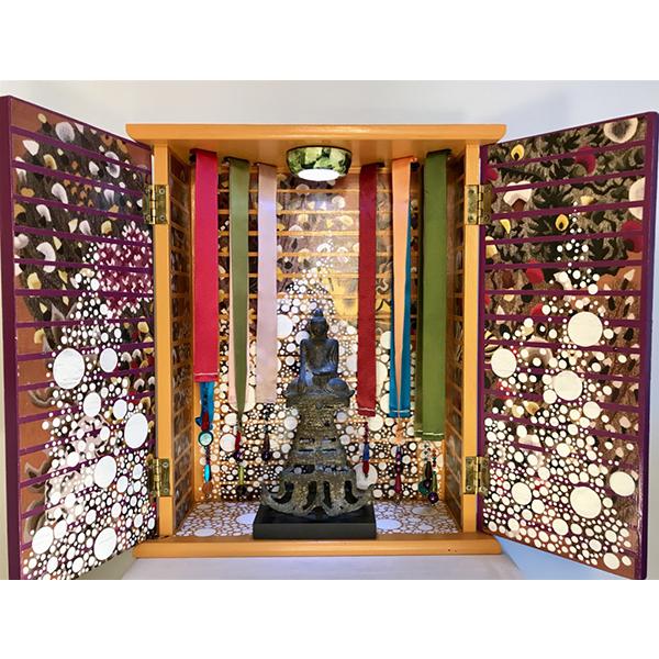 Grand temple en bois, sanctuaire en bois